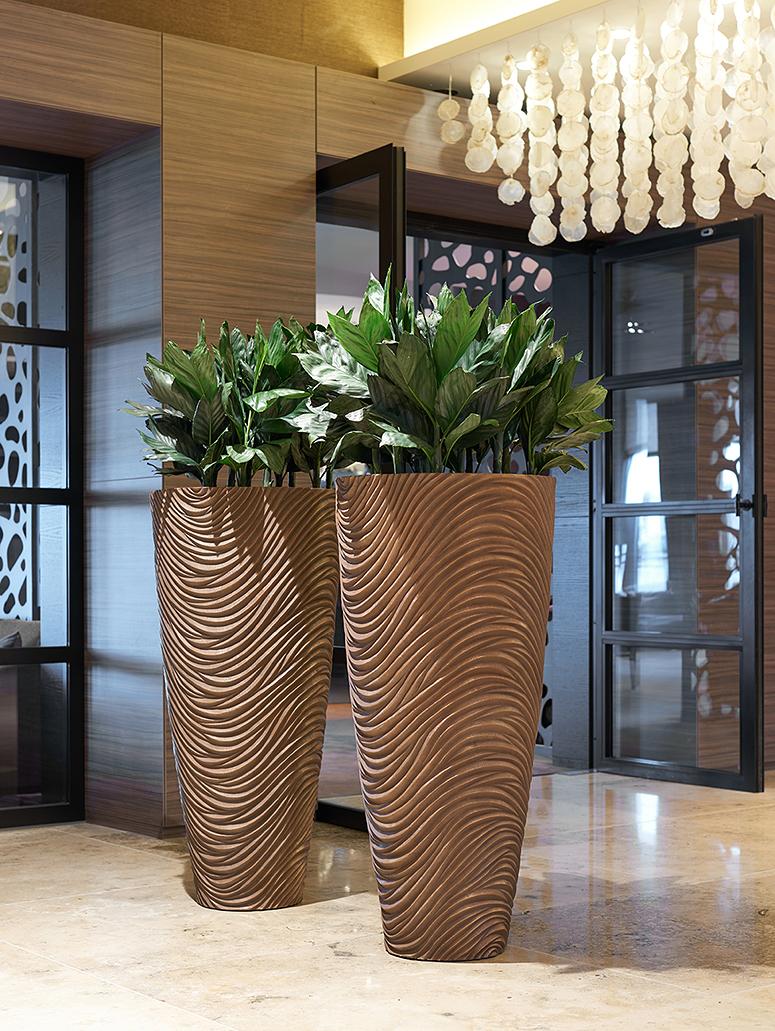 Vase Pflanzsäule, Innenraumbegrünung Foyer Empfang, akzente raumbegrünung
