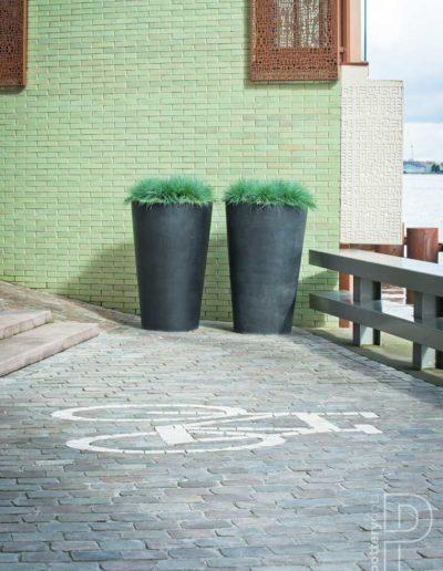 Pflanzkuebel Aussenbereich Terrasse Pottery Pots